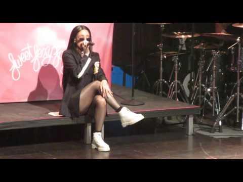 "Kehlani - ""Distraction (Live in Boston: 2/24/17)"