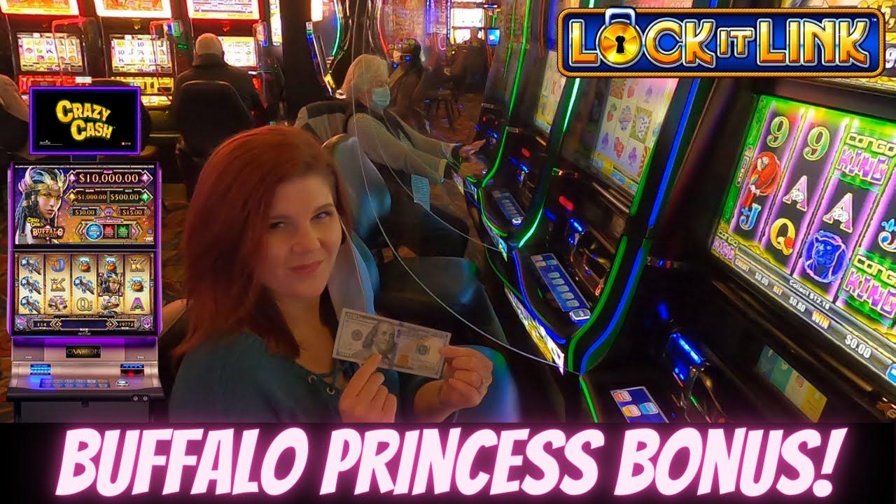 Live Slot Machine Play