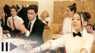 Repeat youtube video Nicole Cherry - Fata naiva (Video Teaser)
