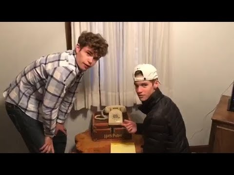Mark Simone - Watch Two 17 Year Olds Try To Figure Out How TO Use a Rotary Phone
