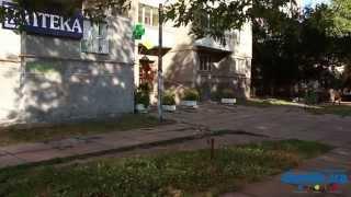 Раисы Окипной, 1 Киев видео обзор(Улица Раисы Окипной, 1. 16-этажный панельный дом 1986 года постройки. Находится вблизи дороги. Двор небольшой,..., 2014-09-21T12:51:59.000Z)