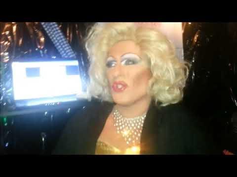Tina Trump Karaoke im Burgtor Club am 22.09.2017