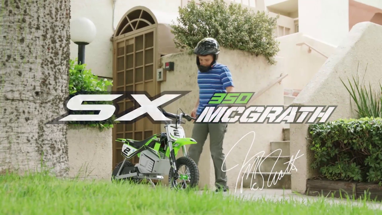 كن أنت بطل جميع السباقات مع Dirt Rocket SX350 Mcgrath من Razor - متوفرة الآن في الأسواق
