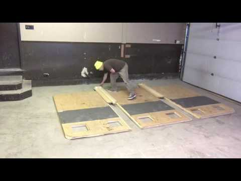 Ice tent insulated floor & Ice tent insulated floor - YouTube