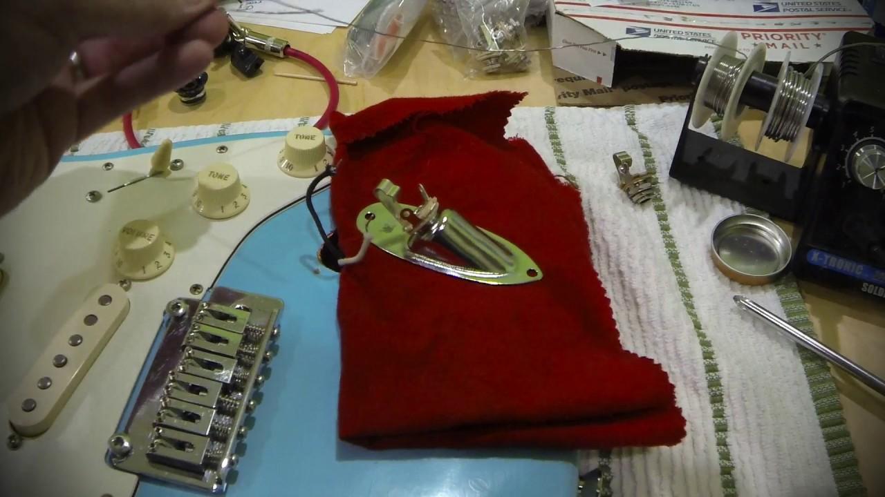 soldering a new guitar output jack - mmt09