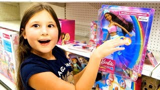 Kids Go shopping Song | Caroline & Arina Pretend Play Nursery Rhymes Kids Song