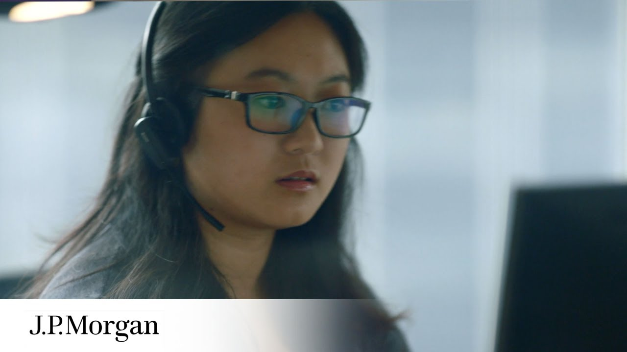 The Career Path Of An Analyst | Our People | J P  Morgan
