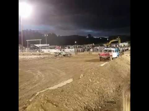 Rifle Colorado demolition derby 2016 truck heat
