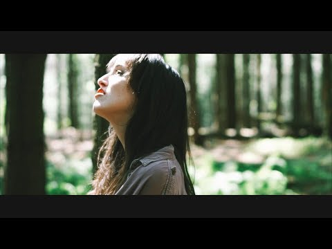 Emma Rowley - Evaporate (Official Music Video)