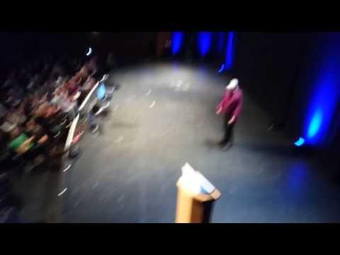 Chalkboard Micky at David ickes 2017 Dublin show