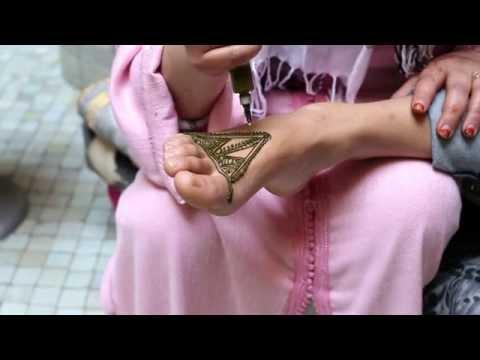 Morocco In Motion - Le henné, tatouage éphémère