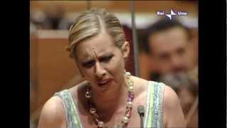 """Amarilli Nizza, soprano, sings """"Tu?, Piccolo Iddio"""" (Madama Butterfly)"""