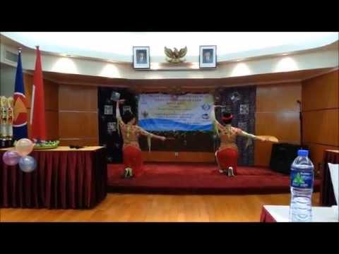 Tari Jaipong Bajidor Kahot-Jugala By Lina Maya dan Nia Kania
