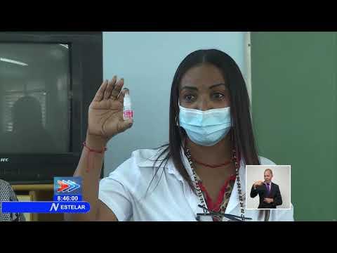 Cuba comienza la aplicación de su fármaco Nasalferón contra la COVID-19