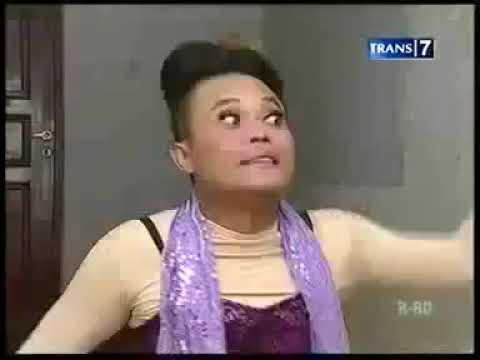 Opera Van Java - parodi JULIA PEREZ vs DEWI PERSIK