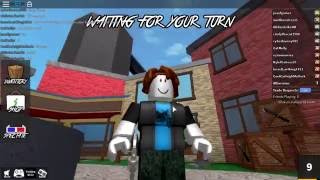 playing a little murder in roblox!