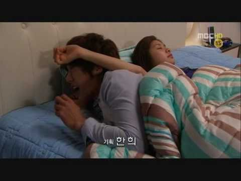Playful Kiss-Funny bed scene