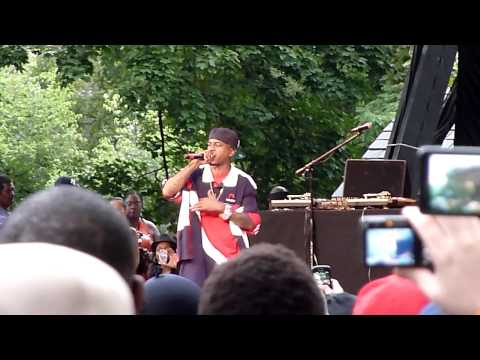 Rakim - Eric B Is President (720p HD) Live in Central Park in NYC 8/21/2011