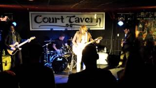 """Sail Away""  Live by New Politicians at The Court Tavern"