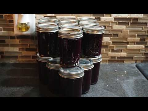 How to Make Choke Cherry Jam Tutorial | Homesteadhow.com