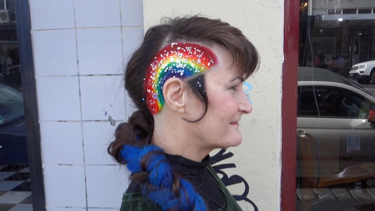 Hairdresser Creates Unicorn Hair For Gay Marriage