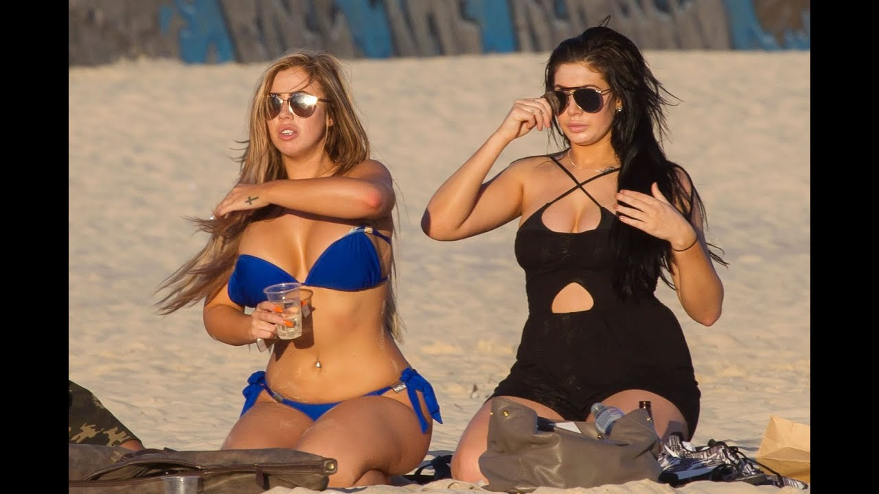 Hot Chloe Ferry nude (54 photos), Topless, Cleavage, Feet, cleavage 2006