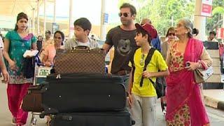 Salman Khan with family leaving for Hyderabad for sister Arpita Khan's wedding.
