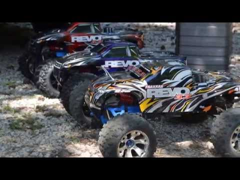 Traxxas Revo 3.3 Backflip & Mid-air Crash