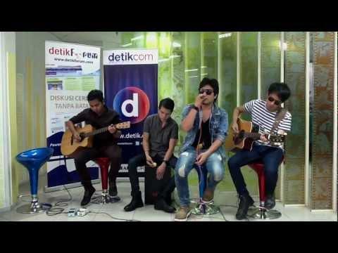 Mabuk Cinta - Band ARMADA  [ #LiveChatkustik @detikforum 03 ]