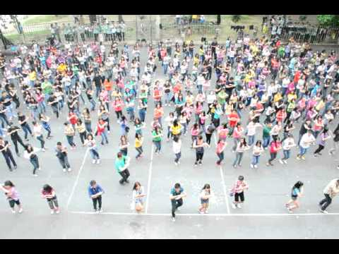 UDM MASS COMM FLASH MOB 2011 (Part 2)