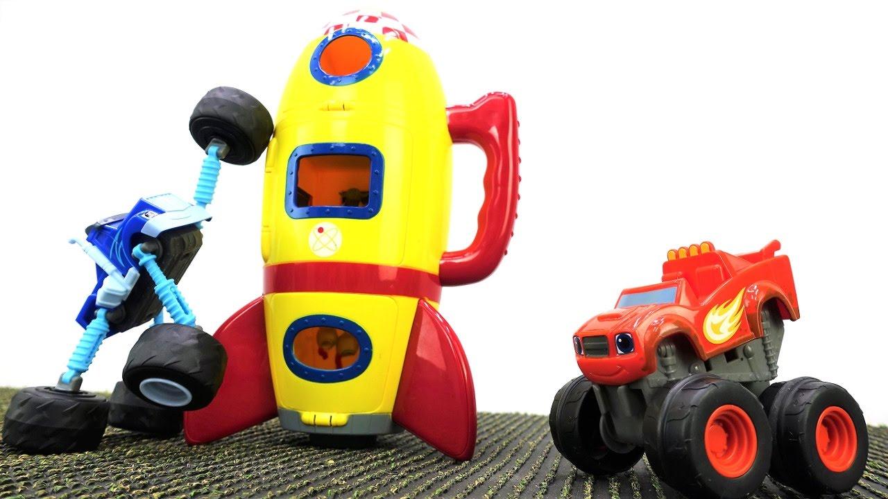 Игры для мальчиков - Машинки Вспыш и Крушила на Луне - YouTube