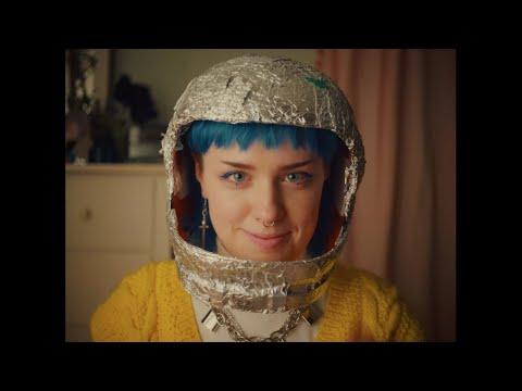 Смотреть клип Frances Forever - Space Girl