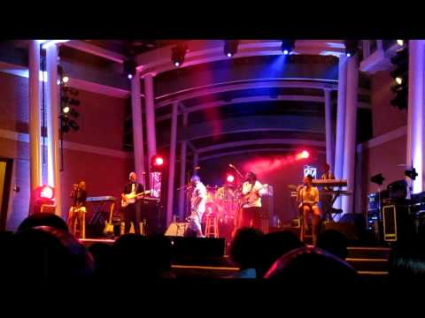 Musiq Soulchild  Love into So Beautiful @ The Country Club Hills Theater 6-26-10