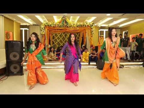 Sundari Komola Abir sharaban holud dance  - Ram Sampath, Usri Banerjee & Aditi Singh Sharma