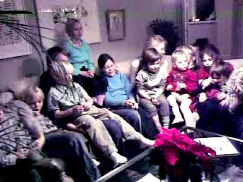 Kids singing swedish Christmas songs