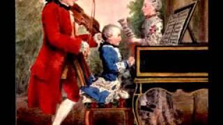 Mozart: Eine kleine Nachtmusik KV 525: Menuetto, Allegretto