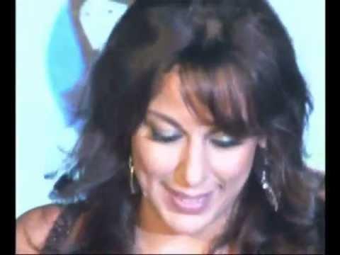 Pooja Bedi cleavage show & Dipannita Sharma at Pantaloon Fresh Face Hunt Grand Finale
