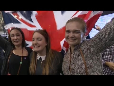 Scotland voters decide not to break from United Kingdom