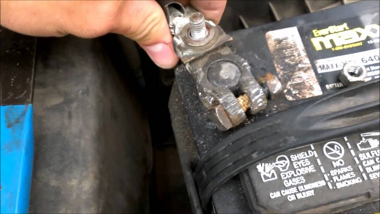Replacing Battery Terminal Connectors Toyota Avalon Youtube