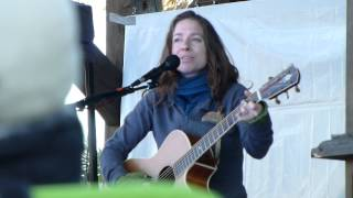Watch Ani Difranco Rain Check video