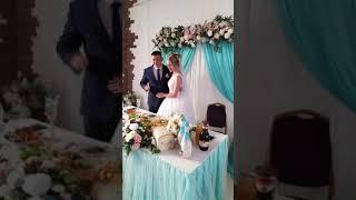 Мама поет, на свадьбе Сына...