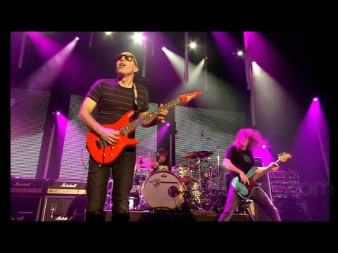 "Joe Satriani ""- Summer Song -"" 2010 [Full HD]"
