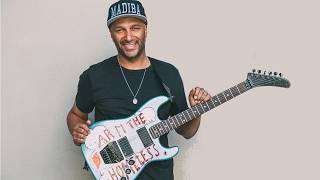 Tom morello (ratm) on his unique style, gear and recipe for making a riff sound big !