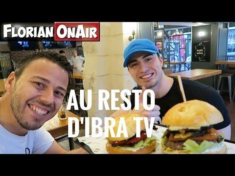 Je teste le RESTO d'IBRA TV en mangeant 3 BURGERS - VLOG #514