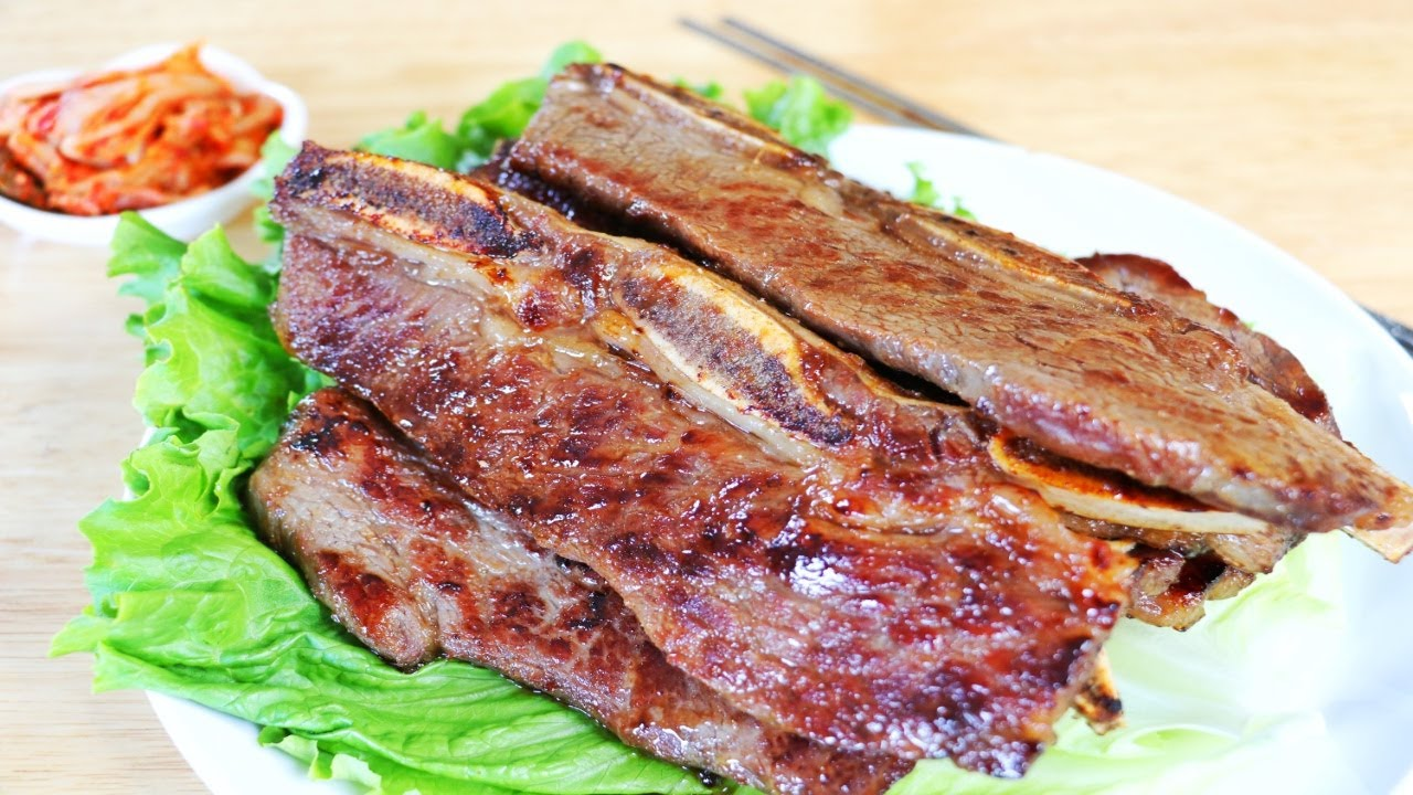 How to Cook LA Galbi (Korean BBQ Short Ribs) in a Frying Pan? CiCi Li - Asian Home Cooking Recipes