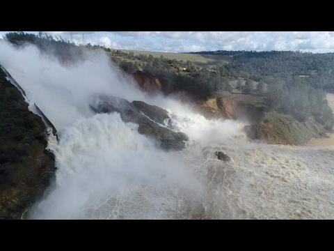 The frantic fight to save the nations tallest dam Lake Oroville dam spillway damage in HD