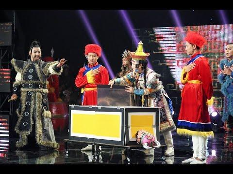 Ảo thuật cưa người trên sân khấu Cười Xuyên Việt - Tiếu Lâm Hội | Nhóm Chuồn Chuồn Giấy