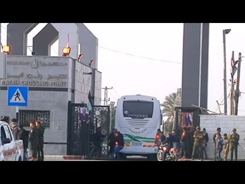 Egypt opens Gaza border for first time since Palestinian unity deal