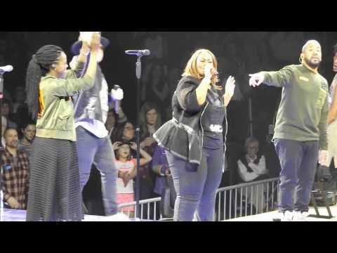 TobyMac Ft Mandisa - Lose My Soul (live) In Pittsburgh, PA