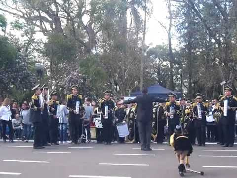 Entrada da BASPF/Banda Show na Praça Getúlio Vargas - Caminhada Civica 2015. Part.: 2